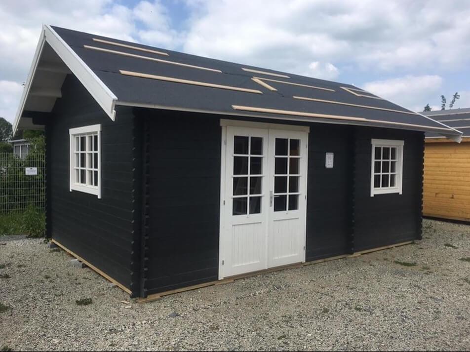 Gartenhaus Dacheindeckung mit Dachpappe