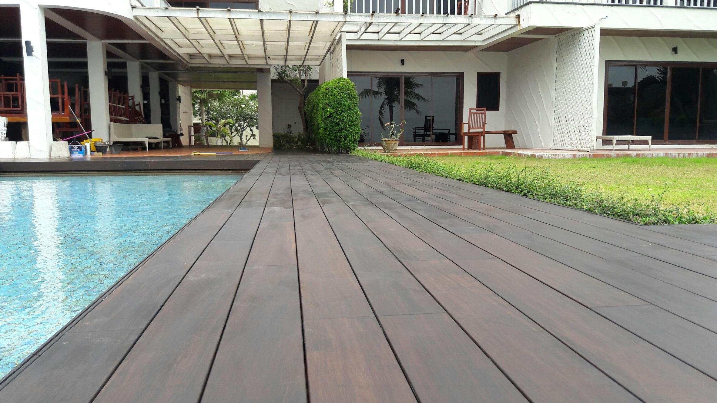 Bambus Terrassendielen DUNKEL 20x20 mm