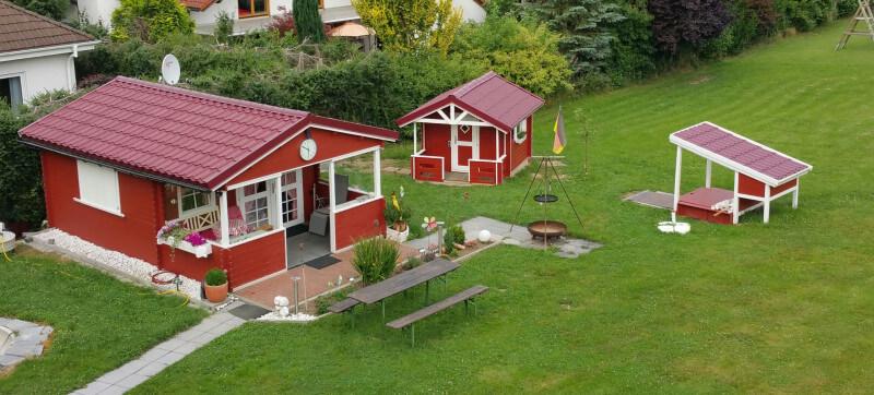 Gartenhaus Dacheindeckung mit Onduvilla-Dachplatten