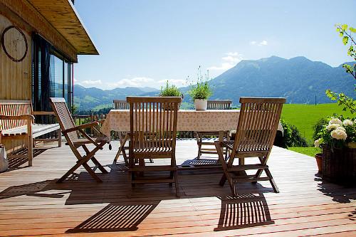 Die Douglasie Terrasse Pflege Und Holzschutz Professionell
